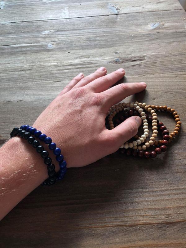 Aaron Herrenarmbande viele Farben Holzperle breit und schwarz