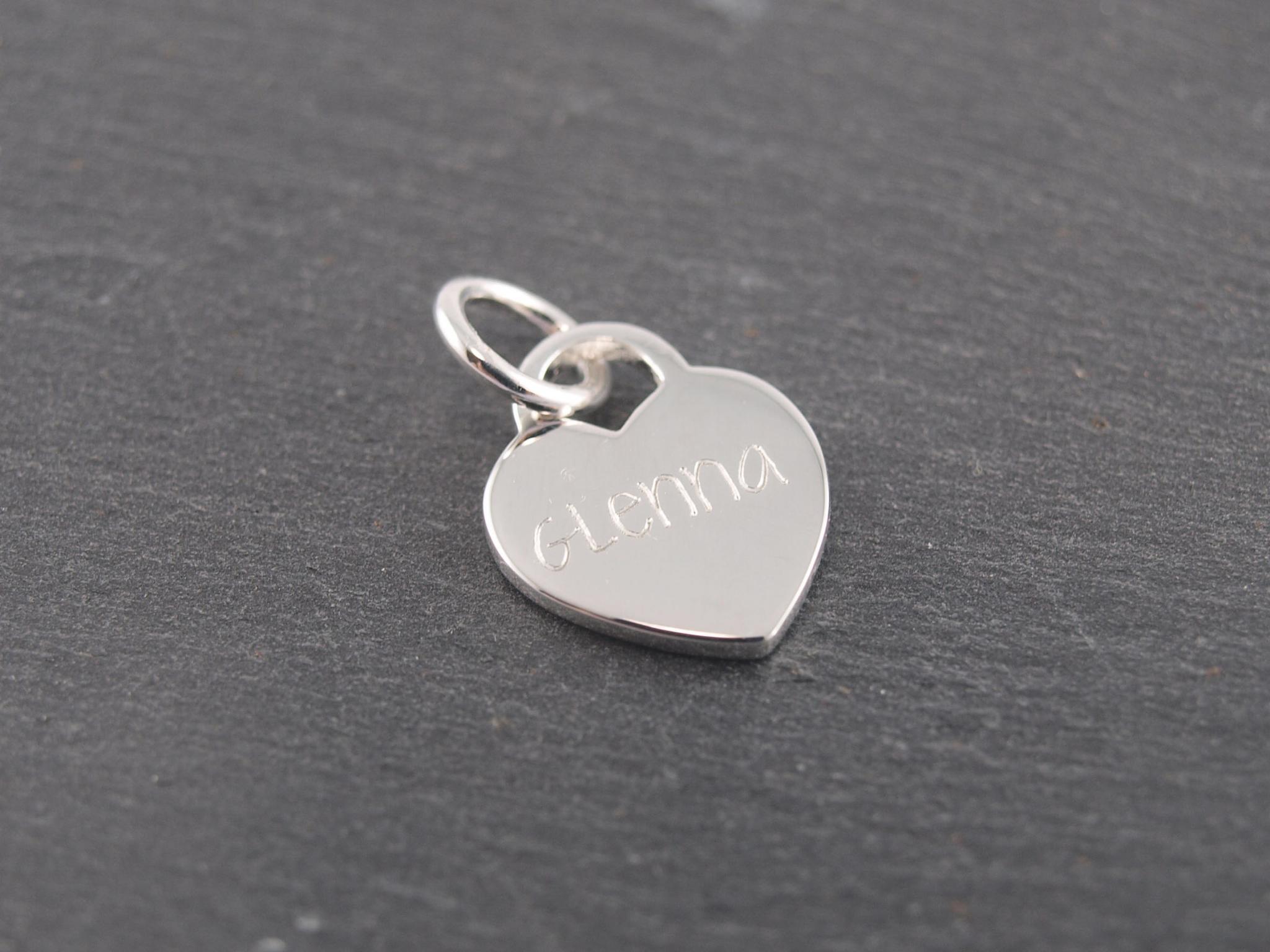 Gravuranhänger aus Silber mit Wunsch Gravur Herz 12 mm (2)