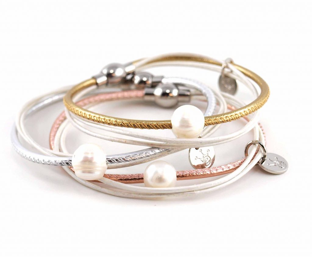 Lederarmband Penelope Süsswasserpele Magnetverschluss Nappaleder, Gravur möglich, die Geschenkidee für Frauen, Farbe Gold, Silber, Rosegold