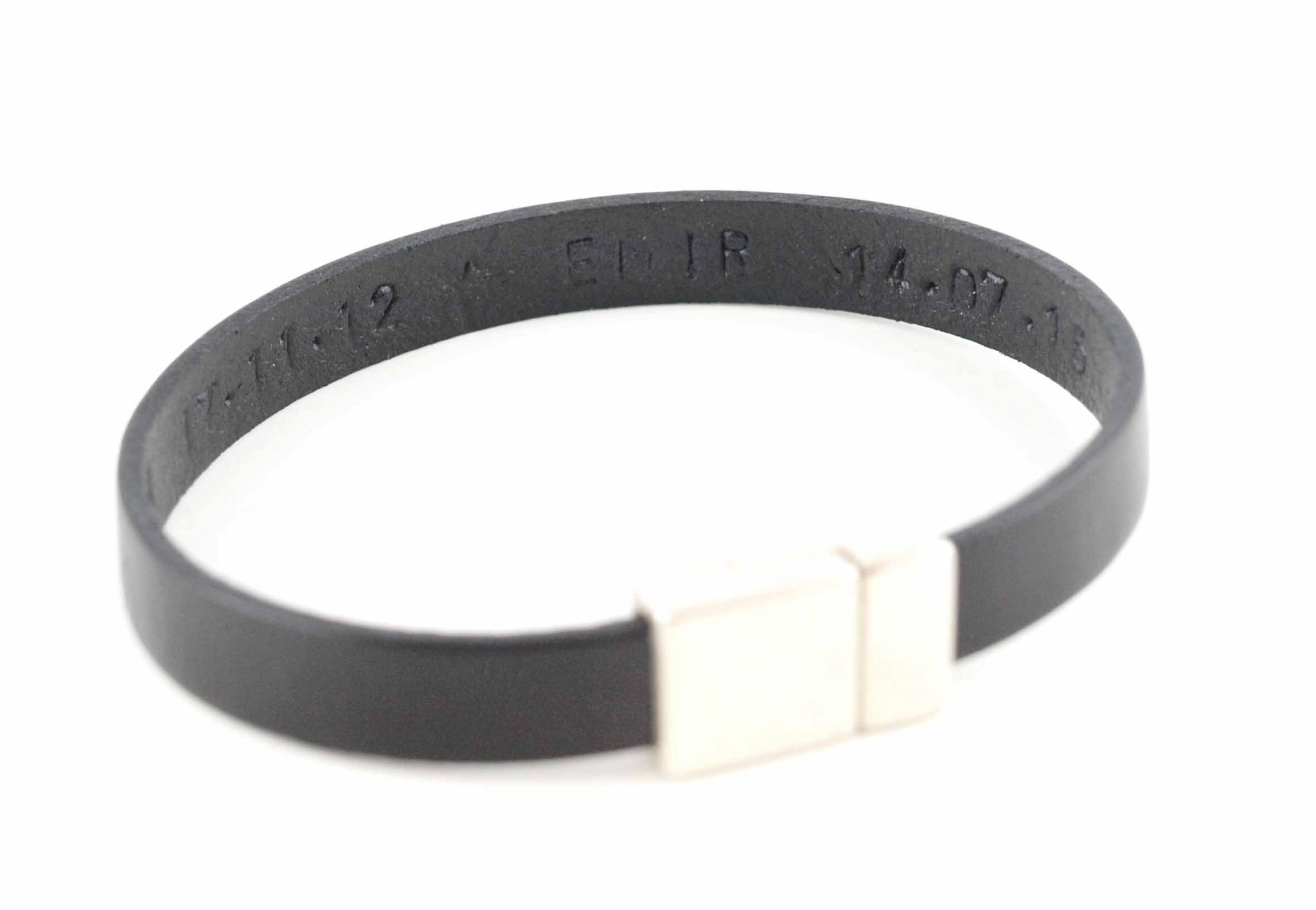 reich und großartig farblich passend Größe 40 Paul der I. - Herrenarmband aus Leder Gravur, Wunschtext auf der Innenseite  möglich