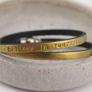 Paula die II. mit Wunschtext in der Farbe Gold - Believe in yourself