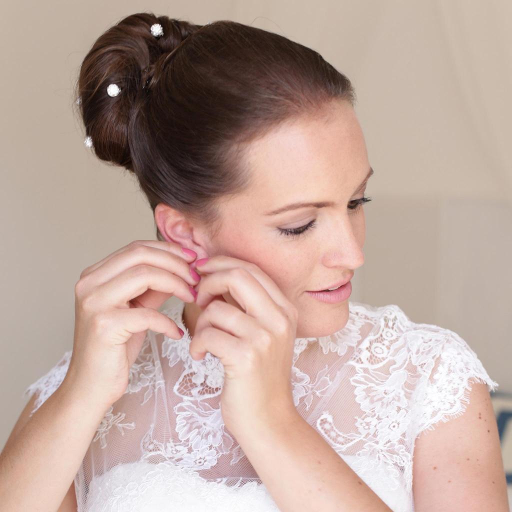Individueller Brautschmuck von Schöniglich in der Hochzeits-Kollektion