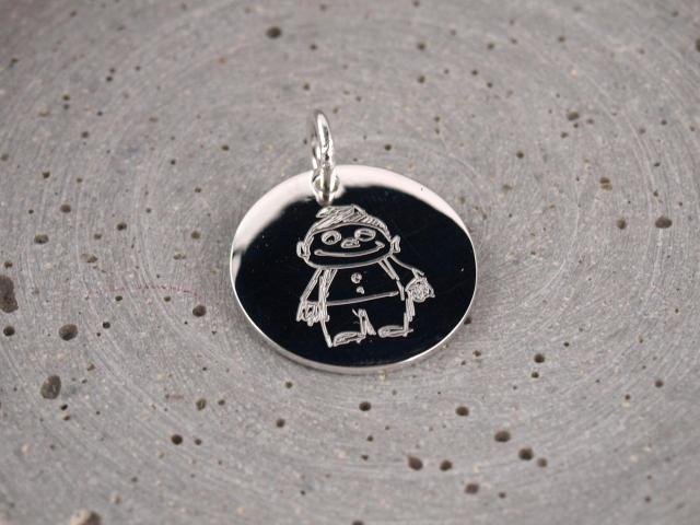 19mm Silber anhaenger mit individueller selbstgemalter Zeichnung