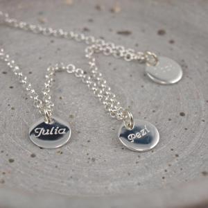 Familienkette mit 3 Anhaengern Namenskette mit Gravur echt Silber