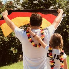 Weltmeister Fanschmuck aus Leder für Damen Herren und Kinder