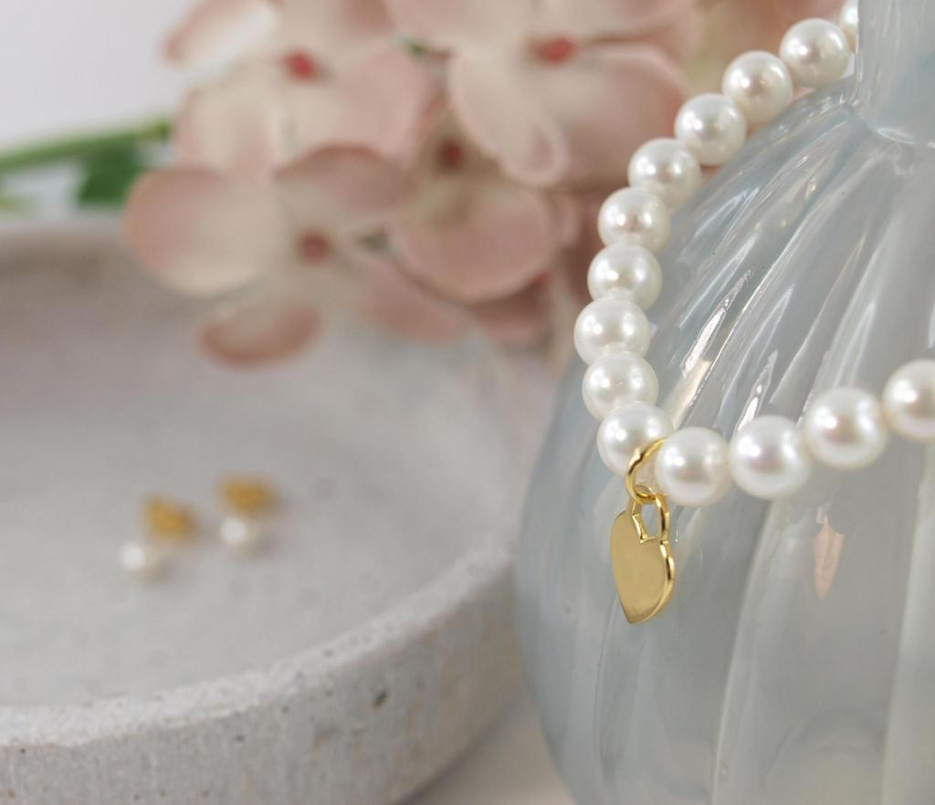 Perlenschmuck von Schoeniglich gold