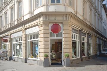 Parfümerie am Markt Wiesbaden verkauft Schöniglich