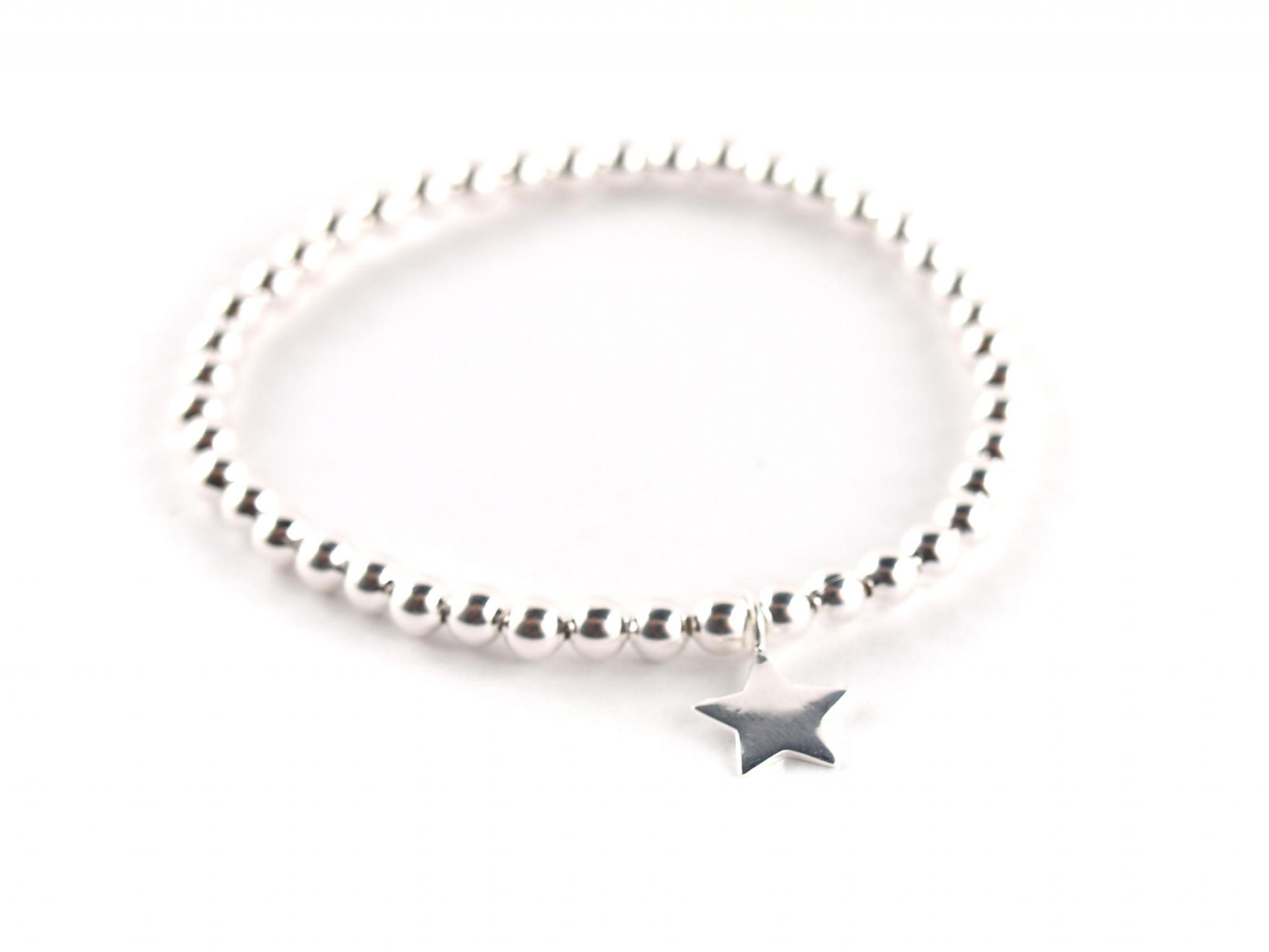 e8263501dc89 Silber-Armband mit kleinem Sternanhänger   Schöniglich