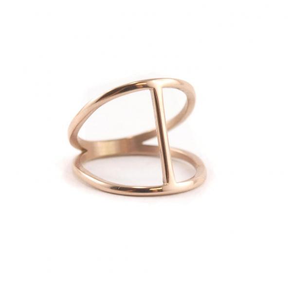 Ring aus Edelstahl rosegold mit Steg