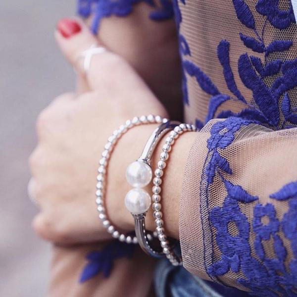 Armspange mit Perle