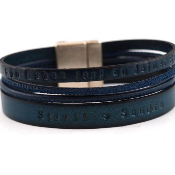Herrenarmband Henry aus Leder mit Wunschtext blau