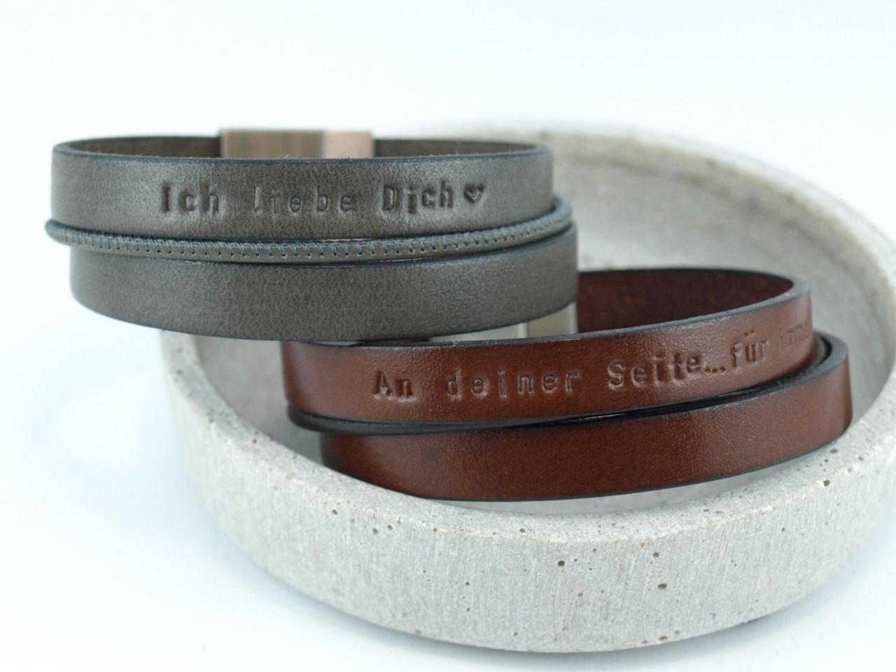 Partnerset Heny und Henriette in der Farbe Grau und Rotbraun mit Gravur, Leder, Edelstahlmagnet