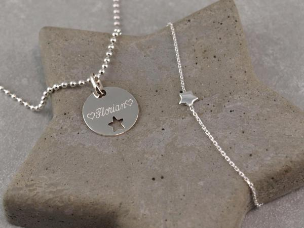 Schmuckset Gravuranhänger mit Sternausschnitt und filigranes Armband mit Stern Wunschtext Gravur