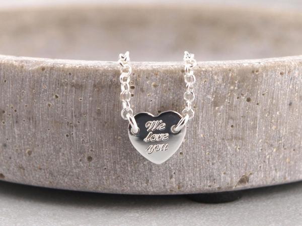 Armband mit eingefasstem Herz Silber