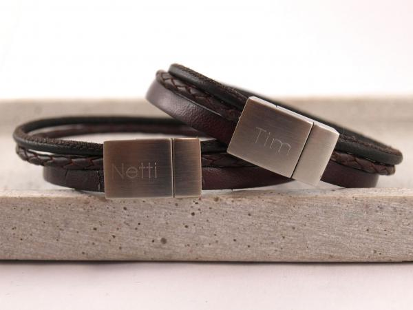 Partnerarmband aus vielen Lederbändern SET mit Wunschtext braun