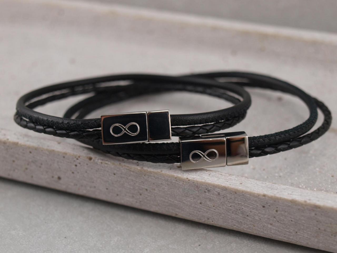 """Partnerarmbandset Jona und Jona Unendlichkeitszeichen Lederfarbe schwarz Auf einen Klick!"""" schnell, ein persönliches Geschenk mit Gravur!"""