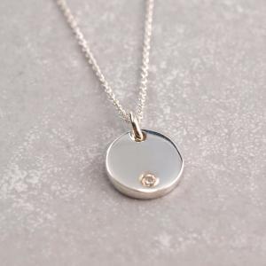 Gavuranhaenger Zirkonia Stein Silber rund Gravur 10 mm