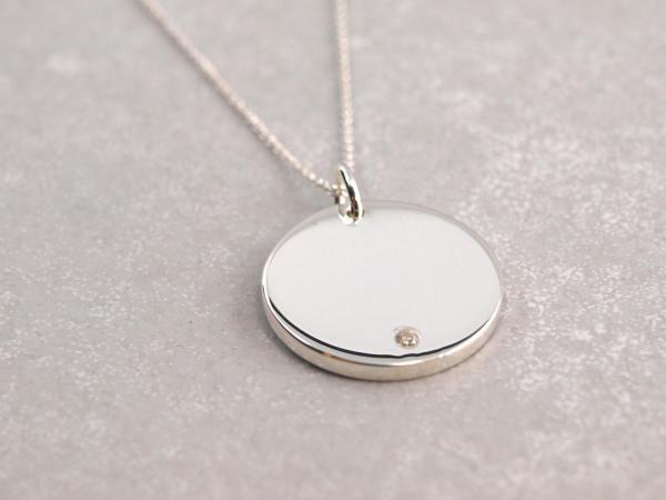 Gavuranhaenger Zirkonia Stein Silber rund Gravur 20 mm