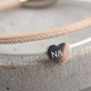 Lederarmband Tina mit Herz Gravur Option romantisches Geschenk