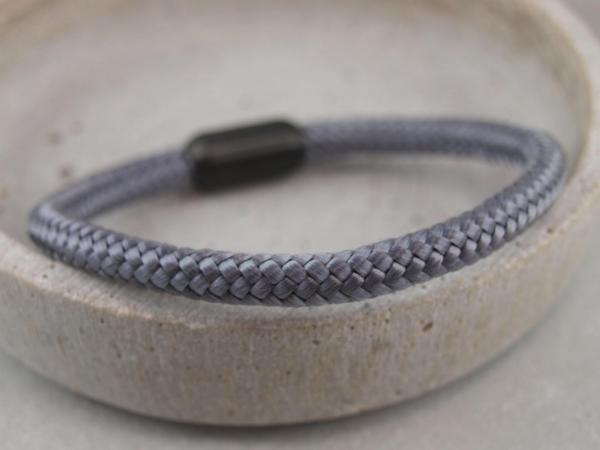 Ari Blackedition Segeltau Armband mit Gravur Option dunkelgrau