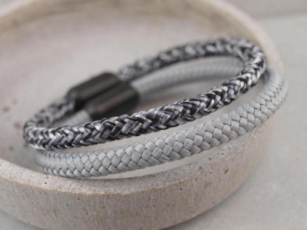 Ari Blackedition Segeltau Armband mit Gravur Option pfeffer und hellgrau