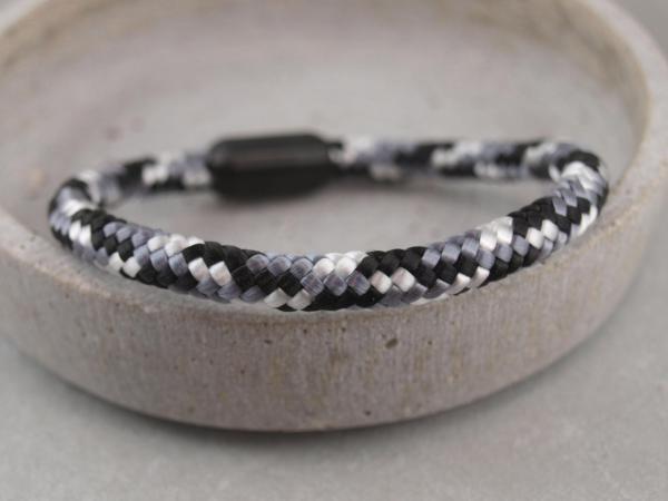 Ari Blackedition Segeltau Armband mit Gravur Option schwarz weiß grau