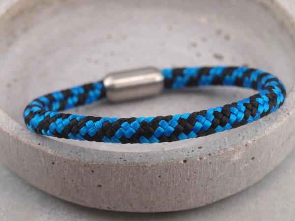 Segeltau Armband mit Gravur Option Geschenkidee fuer Mann royalblau