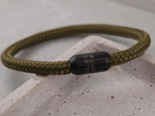 Segeltau Armband mit Gravur Option grosse Farbauswahl einfarbig die Geschenkidee fuer Mann Breitengrad