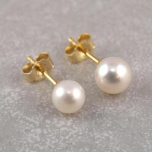 Echt Goldener Ohstecker mit echt Süßwasser Zucht-Perle