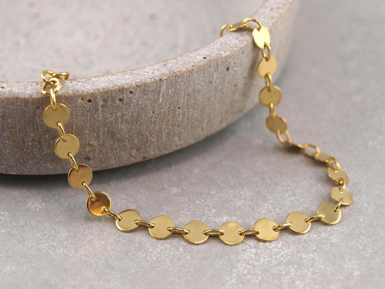 Armband aus 5 mm Plaettchen, Dots, Silber Vergoldet, Groessenverstellbar