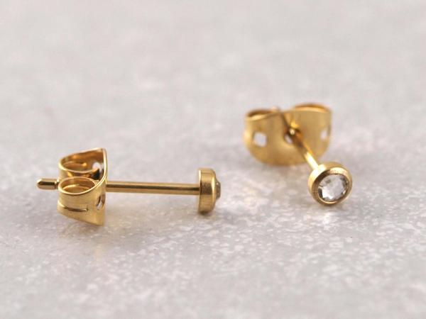Titanohrstecker hypoallergen flacher Kristall gold 2
