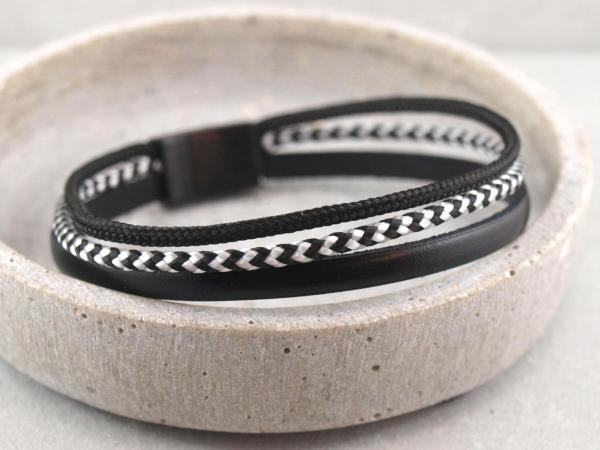 Charlie Segeltau-Edition, Gravur auf dem Magnet und Stempelung auf Leder moeglich, schwarz