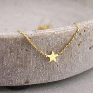 Echt goldenes Armband mit drei kleinen Sternen__